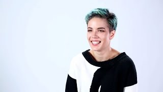 Halsey Answers Your Twitter Questions