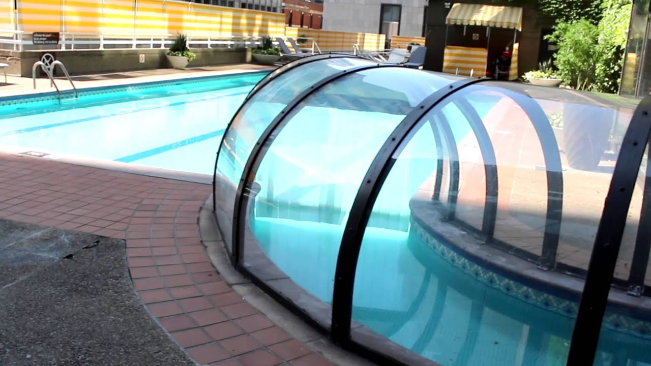 La piscine de l 39 h tel omni mont royal youtube for Hotel montreal piscine