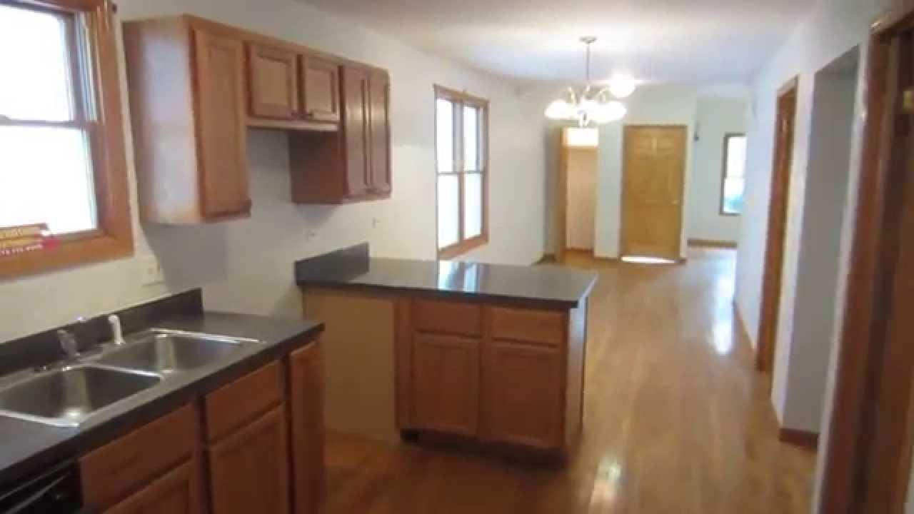Chicago House For Rent 6 Bdrm 2 Bth Armitage And North Quantum Apartments Com