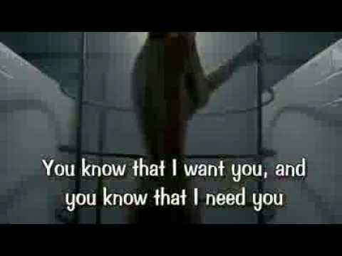 Lady Gaga Bad Romance Original with Karaoke Lyrics - Album The Fame Monster