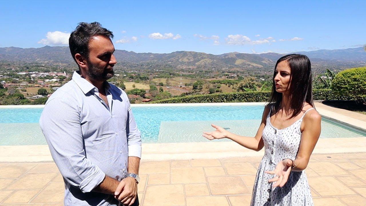 Romanul ce vinde case de milioane de dolari in Costa Rica