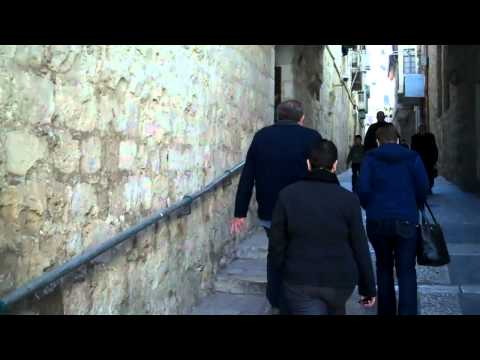 JERUSALEM: Inside the Muslim and Christian Quarter...