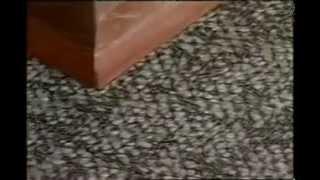 Как укладывать кварц-виниловую плитку.(Видеопособие по работе с кварц-виниловой дизайн-плиткой DECORIA. http://vk.com/decoria_kuban., 2012-12-05T19:57:52.000Z)
