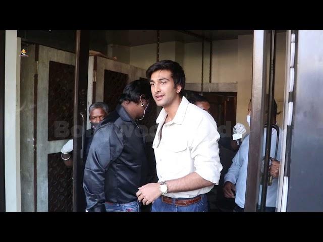 Meezan Jaffery Snapped At Bastian Bandra