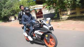 ktm rc200 having fun in kerala roads..