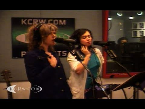 Broken Social Scene - KCRW Performance 2010