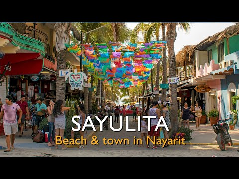 Take a walk from Sayulita's Plaza to Sayulita beach (Nayarit, Mexico)