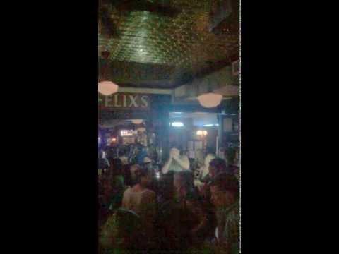 Blues Traveler spontaneous karaoke @ Dorian's