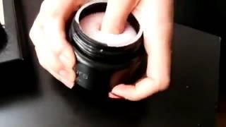 видео Жидкость для снятия лака: с ацетоном, без ацетона и с витаминами.