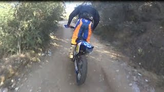 Honda XR 125cc is Chasing Dirt Bikes.!!!