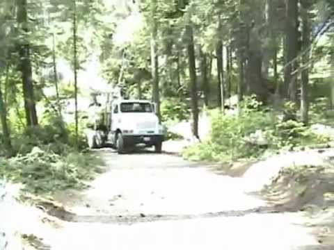ECORASTER gravel road installation video
