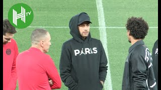 Neymar and Paris Saint-Germain team-mates walk around Anfield - Liverpool v PSG