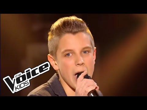 Sauver l'amour - Daniel Balavoine | Léo | The Voice Kids 2015 | Finale