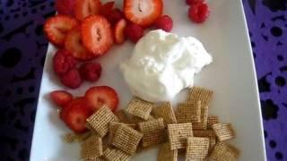 Body For Life Breakfast - Greek Yogurt, Berries, Multi-grain Cereal - 08-24-11