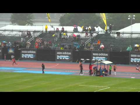 Girls 4x400 Icahn Stadium 2011 (5.38)