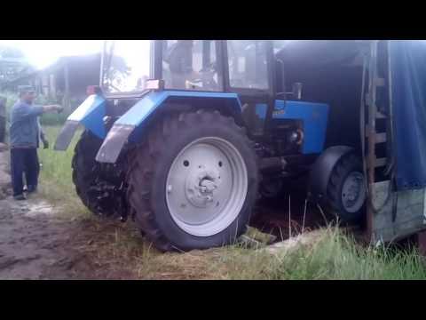 Трактор МТЗ 82.1 беларус. Разгрузка клиенту в Псковской области.