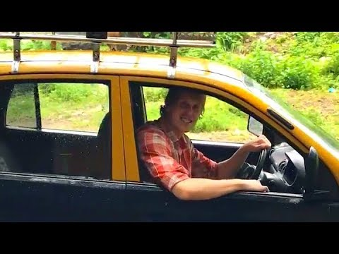 Taxi Drivers At Indian Railway Stations | Very Funny Video That Make You Laugh And Cry