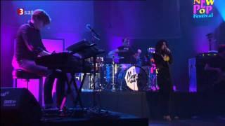 Marina & The Diamonds - Rootless ( New Pop Fesival 2010 )