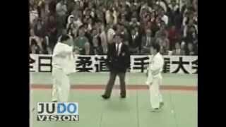 JUDO 1990 All Japan: Hirotoshi Watanabe (JPN) - Toshihiko Koga 古賀 稔彦 (JPN )