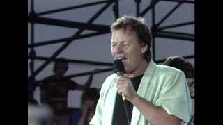 Delbert McClinton - Holy Cow (Live at Farm Aid 1985)