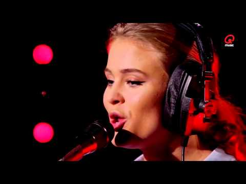 Zara Larsson - Uncover (live bij Q)
