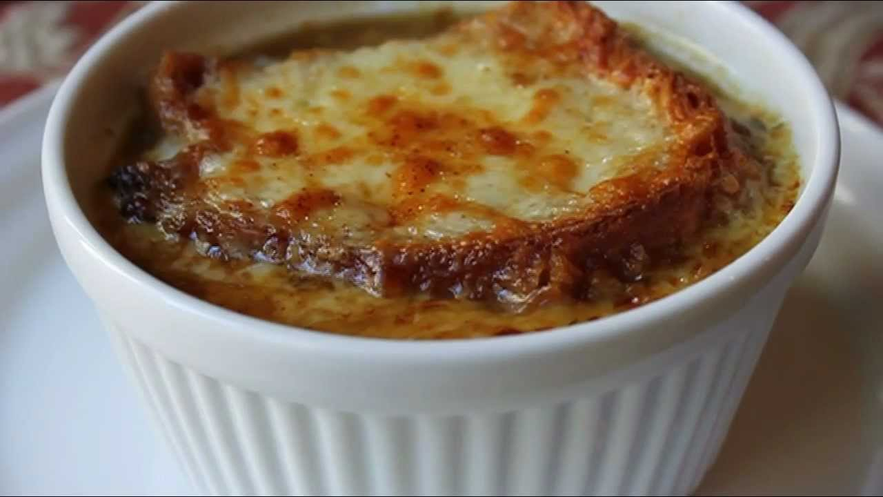 American French Onion Soup Recipe - How to Make Onion Soup ...
