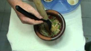 How To Make Thai Papaya Salad - Som Tam By Chef Tummy
