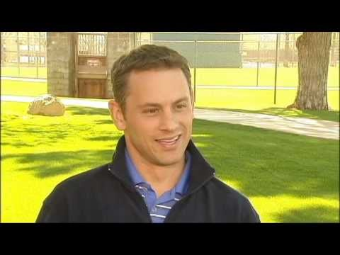 Fox Chicago's Lou Canellis talks with Cubs GM Jed Hoyer on The ...