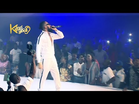 PHYNO PERFORMANCE AT WARRI MEGA FIESTA (Nigerian Entertainment)