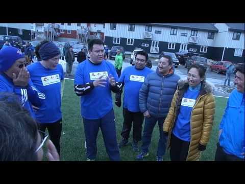 Fodboldkamp mellem Naalakkersuisut og oppositionen 121015