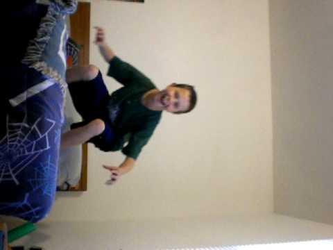 Jarrett Sharp dancing to chokechain by 3OH!3