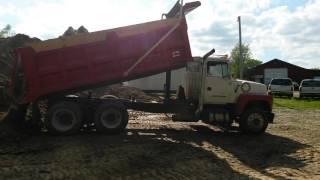 Ford 9000 dump
