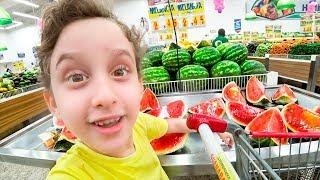 Paulinho em Busca do BIFE de Figado para a Mamãe Dodoi no Mercado