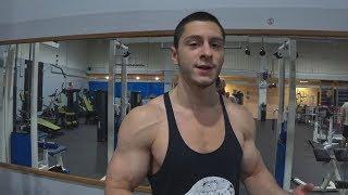 Натуральный бодибилдер - Андрей Блок. Тренировка спины и плеч