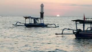 Индонезия. Остров из Шести или Четырёх букв? Закат на Senggigi Beach и раздавленное солнце ☀️