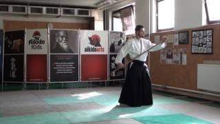 zengo no ido katate hachinoji gaeshi [TUTORIAL] Aikido advanced weapon technique