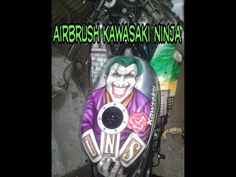 Airbrush / Repaint motor kawasaki ninja
