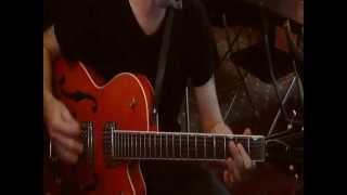 Brian Setzer - Take A Chance On Love (Intro) Guitar Lesson