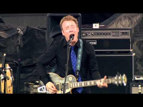 Retribution Gospel Choir - Hide It Away (Live @ Rock The Garden 2010)