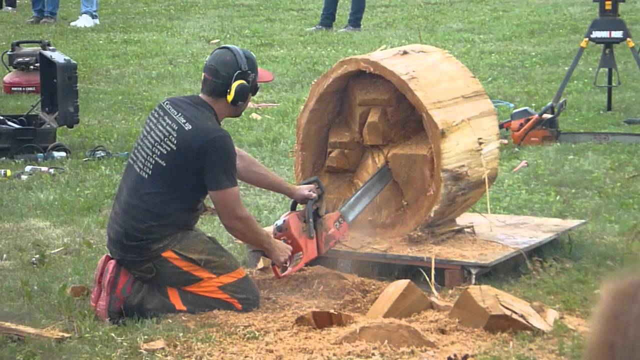 Chetwynd chainsaw carving youtube