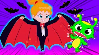 Groovy The Martian educational videos for kids   Let's dress up at Halloween night!