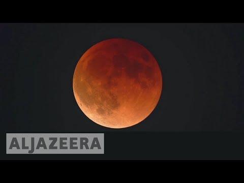 🌕 Rare 'super blue blood Moon' leaves millions awestruck