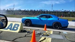 1/2 Mile Race : Corvette C7 Z06 VS Challenger Hellcat
