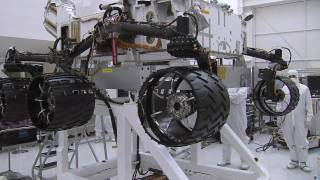 Curiosity Mars Rover Spins Its Wheels [720p]