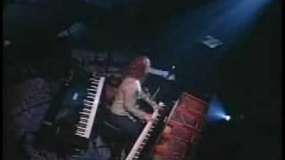 [02] tori Amos live - 5 1/2 Weeks - Sugar