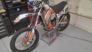 CAUGHT ON CAMERA: Custom dirt bikes stolen from pickup truck