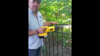 Video K Brothers Tips - Replacing an Aluminum Fence Section download MP3, 3GP, MP4, WEBM, AVI, FLV Juni 2018