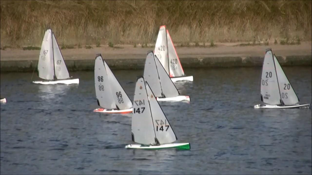 DF 95 RC Model Yachts