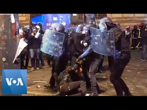 Violence on Streets of Paris Amid Protests