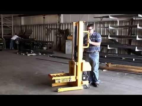 Titan Mold Cart 2390: 600lb/300 kg Capacity, Manual operation